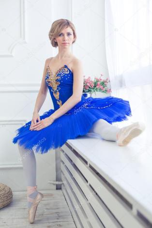 depositphotos_88677294-stock-photo-ballet-dancer-in-blue-tutu